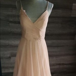 Dresses & Skirts - Beautiful light pink gown